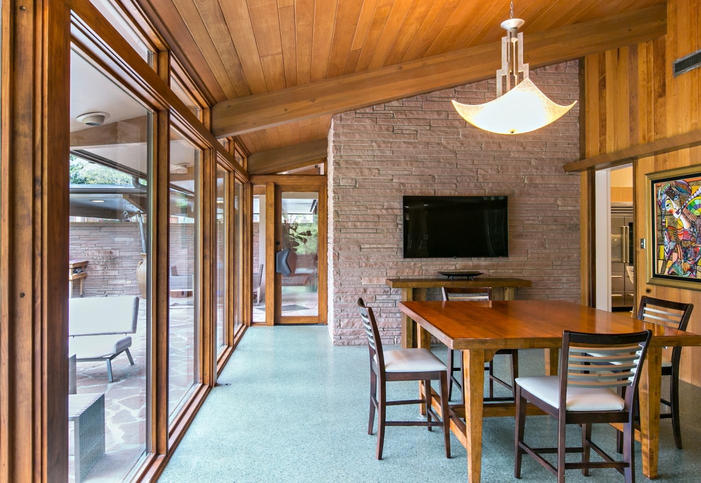 Mid Century Modern Home Dining Room.jpg
