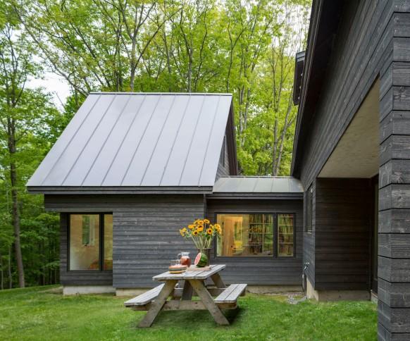 2676- Knoll House Exterior_5