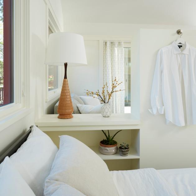2769-Compact Living Interior Sleeping
