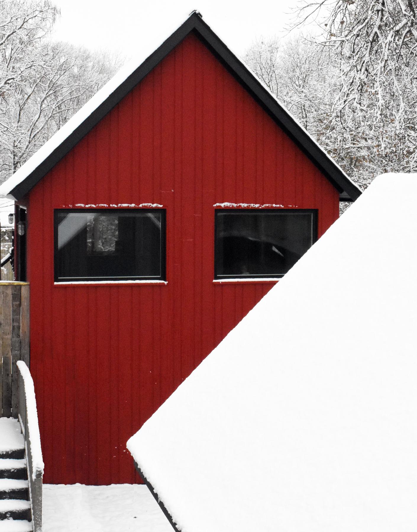 2769-Compact Living Exterior Lake Side.jpg