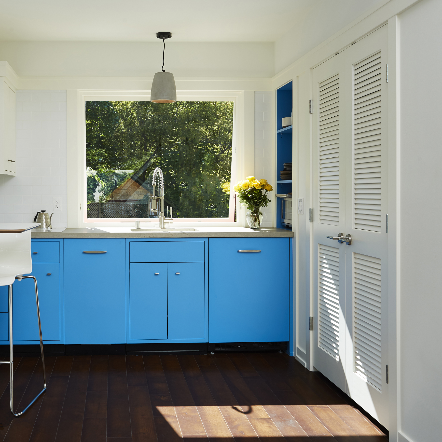 2769-Compact Living Interior Kitchen-2.jpg